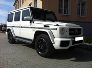 Самый крутой кортеж в городе Астана из черных и белых Mercedes-Benz G-